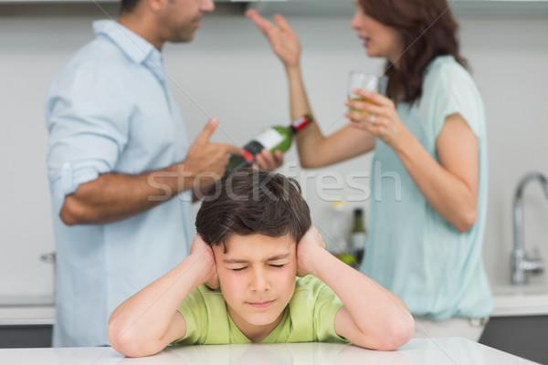 Triste orelhas pais cozinha casa Foto stock © wavebreak_media