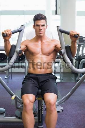 シャツを着ていない 筋肉の 男 抵抗 バンド ジム ストックフォト © wavebreak_media
