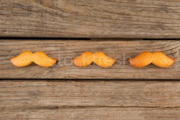 Bigote forma cookies mesa vista mesa de madera Foto stock © wavebreak_media