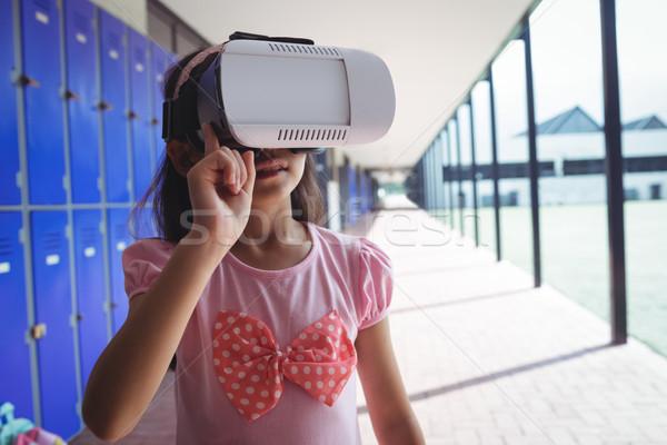 Elementair student virtueel realiteit bril gang Stockfoto © wavebreak_media