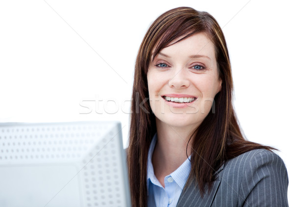 Charismatische zakenvrouw werken computer witte kantoor Stockfoto © wavebreak_media