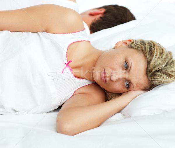 расстраивать пару кровать спальный отдельный женщину Сток-фото © wavebreak_media