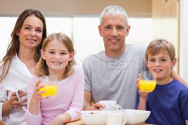 Mutlu aile kahvaltı mutfak ev sevmek meyve Stok fotoğraf © wavebreak_media