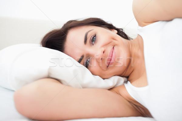 笑顔の女性 アップ ベッド 女性 笑みを浮かべて 明るい ストックフォト © wavebreak_media