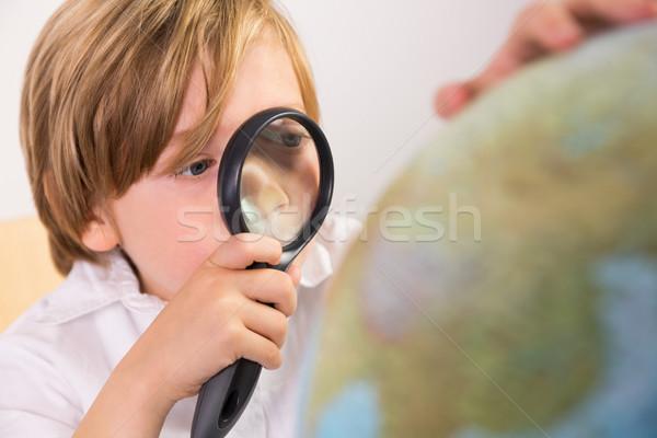öğrenci öğrenme coğrafya dünya beyaz kâğıt Stok fotoğraf © wavebreak_media