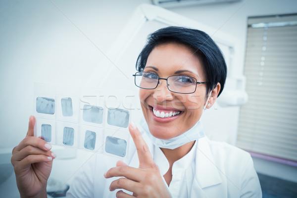 Szczęśliwy kobiet dentysta xray portret Zdjęcia stock © wavebreak_media