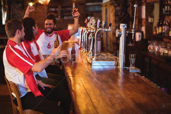 группа мужчины друзей смотрят футбола матча Сток-фото © wavebreak_media