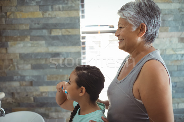 Babcia wnuczka łazienka domu szczęśliwy Zdjęcia stock © wavebreak_media