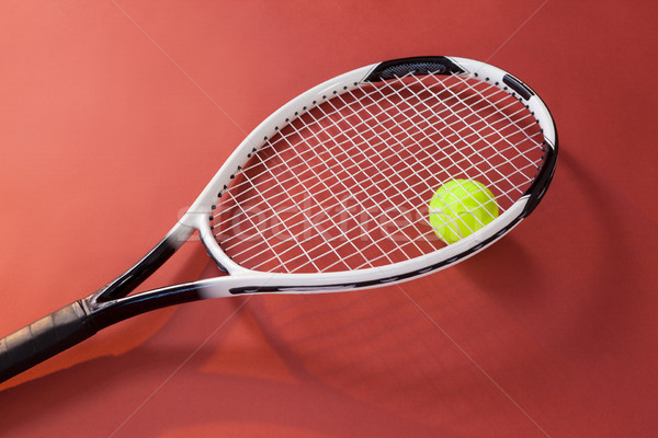 Vue fluorescent jaune balle raquette de tennis Photo stock © wavebreak_media