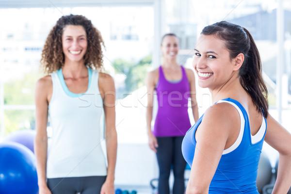 Portrait femme amis fitness centre Photo stock © wavebreak_media