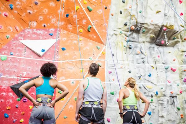 Montare persone pronto rock salita palestra Foto d'archivio © wavebreak_media
