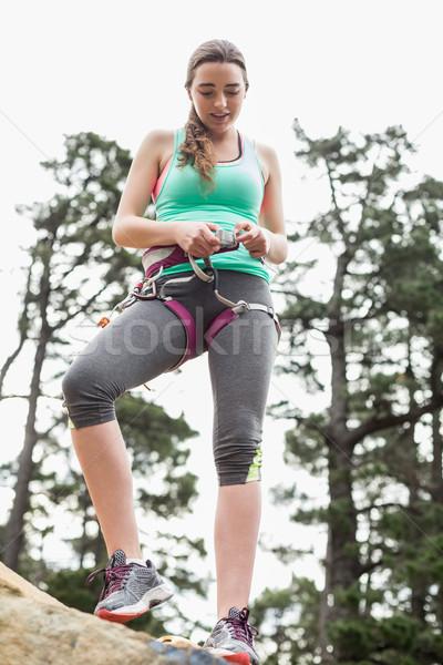 Alulról fotózva kilátás fiatal nő kő gyönyörű nő áll Stock fotó © wavebreak_media