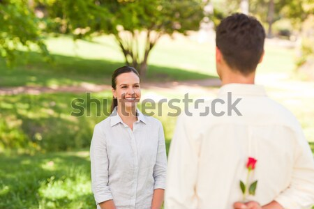 Hombre toma foto compañera familia sonrisa Foto stock © wavebreak_media