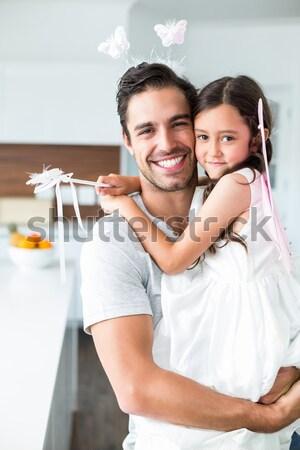 Sorridente casal árvore de natal casa sala de estar Foto stock © wavebreak_media