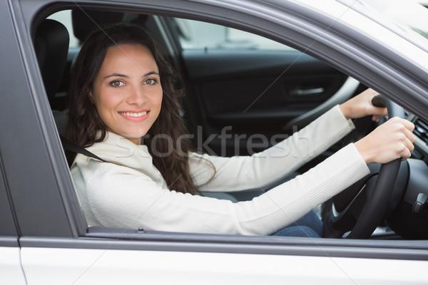 Csinos nő mosolyog vezetés autó ablak női Stock fotó © wavebreak_media