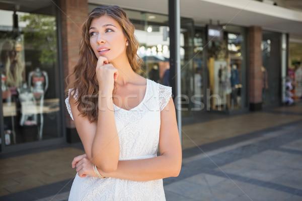 Odaklı alışveriş düşünme kadın Stok fotoğraf © wavebreak_media