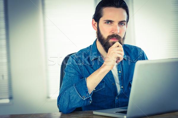 бизнесмен рабочих ноутбука служба компьютер Сток-фото © wavebreak_media