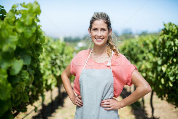 Portrait Homme agriculteur vignoble souriant mains Photo stock © wavebreak_media
