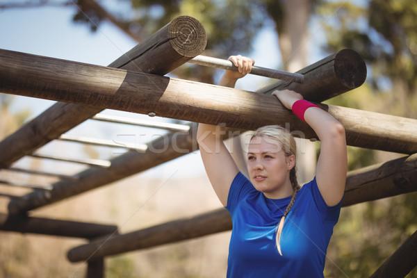 Determinado mulher macaco bar Foto stock © wavebreak_media