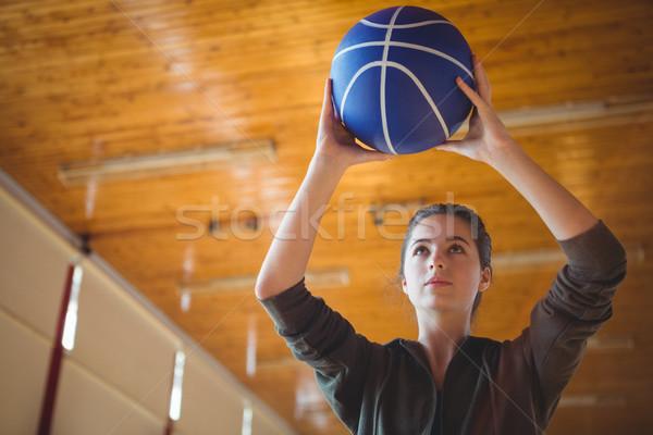Kobieta boisko do koszykówki koszykówki stałego sąd Zdjęcia stock © wavebreak_media