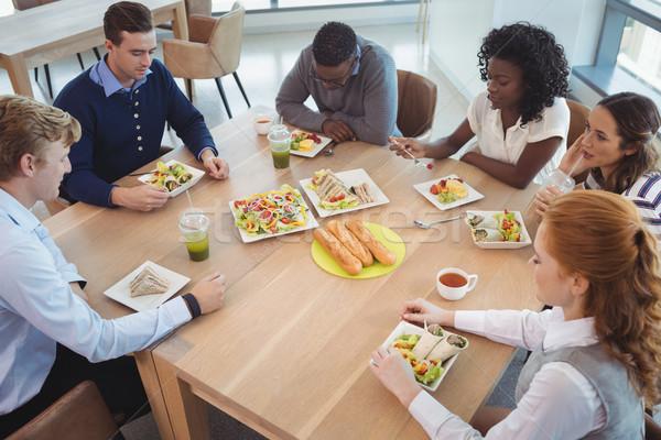 Zakenlieden ontbijt kantoor cafetaria Stockfoto © wavebreak_media