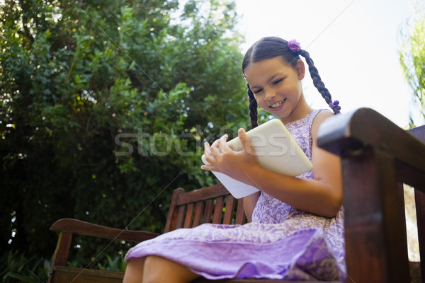 View sorridere ragazza digitale tablet Foto d'archivio © wavebreak_media
