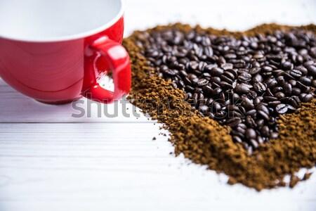 кофейный столик формы сердца выстрел студию любви таблице Сток-фото © wavebreak_media