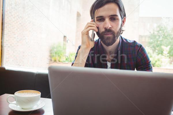 öğrenci dizüstü bilgisayar kullanıyorsanız kantin üniversite bilgisayar Stok fotoğraf © wavebreak_media