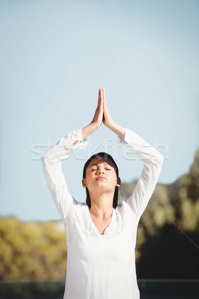 Calme brunette yoga beauté exercice adolescent Photo stock © wavebreak_media