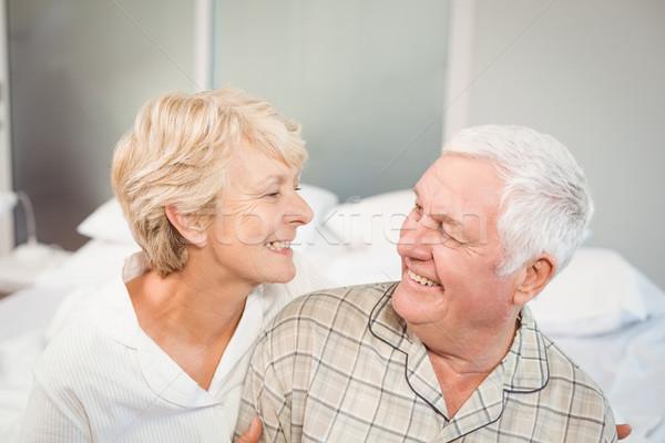 Magasról fotózva kilátás boldog idős pár férfi otthon Stock fotó © wavebreak_media