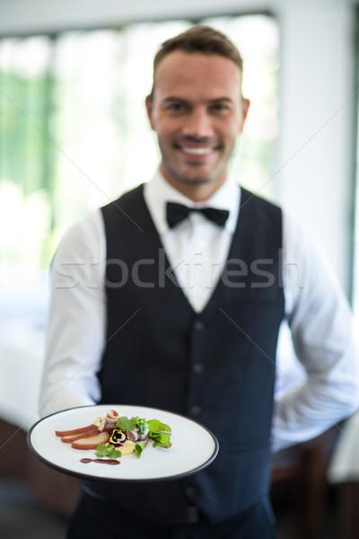 Cameriere piatto commerciali cucina uomo Foto d'archivio © wavebreak_media