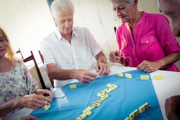 Grupo jugando casa mujer Foto stock © wavebreak_media