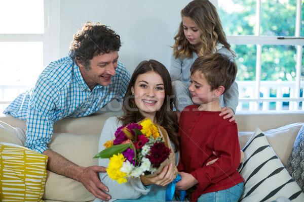 счастливая семья букет домой девушки человека мальчика Сток-фото © wavebreak_media