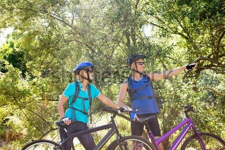 çift bisiklete binme gülen kadın Stok fotoğraf © wavebreak_media
