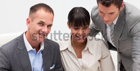 Müdür metin cep telefonu takım kadın Stok fotoğraf © wavebreak_media