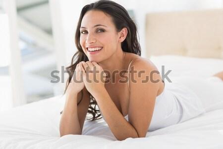 Vrouw bed pil glimlachende vrouw familie Stockfoto © wavebreak_media