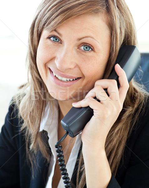 Foto d'archivio: Ritratto · bella · imprenditrice · parlando · telefono · ufficio