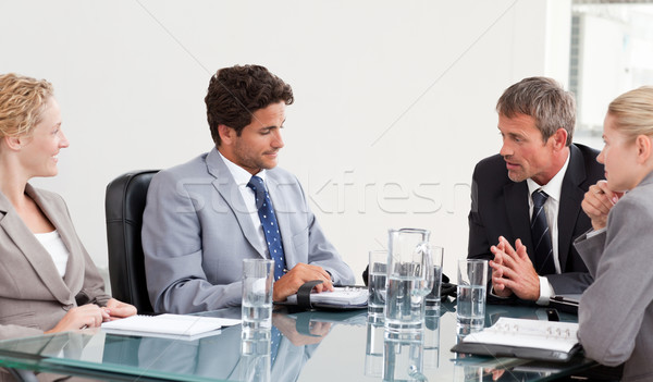 Munkatársak megbeszélés munka boldog építkezés üzletember Stock fotó © wavebreak_media
