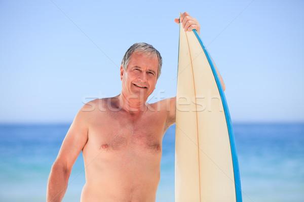 érett férfi szörfdeszka tengerpart mosoly sport nyár Stock fotó © wavebreak_media