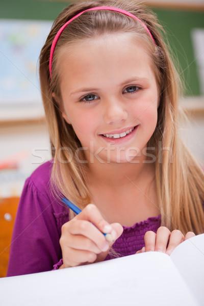 Ritratto piccolo studentessa iscritto classe ragazza Foto d'archivio © wavebreak_media