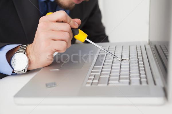 Technikus emel el kulcs csavarhúzó laptop Stock fotó © wavebreak_media