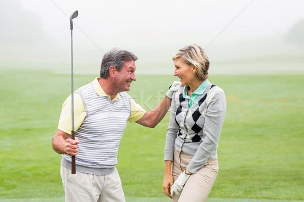 Podniecony gra w golfa para mglisty dzień Zdjęcia stock © wavebreak_media