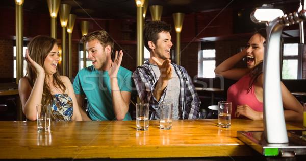 Boldog barátok izgatott hétvégi tevékenységek bár női Stock fotó © wavebreak_media