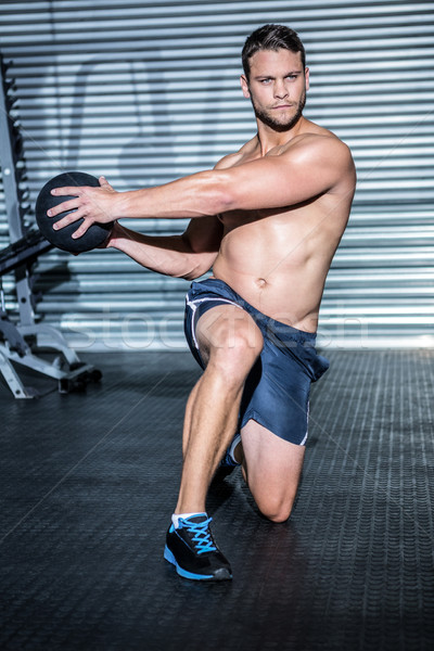 Musculaire homme exercice médecine balle crossfit Photo stock © wavebreak_media