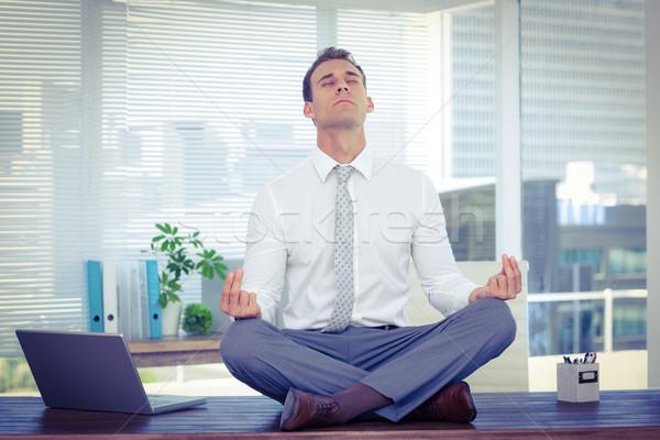 Zen бизнесмен йога медитации столе компьютер Сток-фото © wavebreak_media