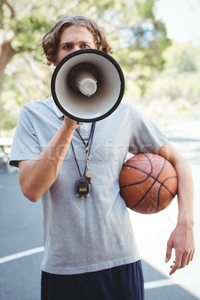 Stockfoto: Mannelijke · basketbal · coach · megafoon · buitenshuis · bal