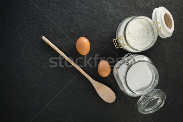 Vue oeufs sucre farine jar Photo stock © wavebreak_media
