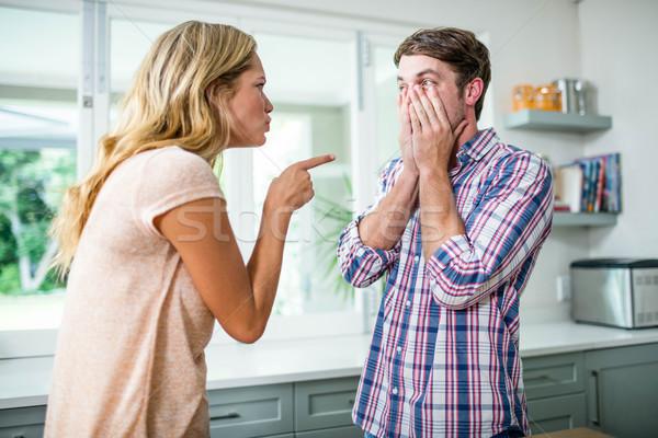 Chateado casal argumento cozinha mulher homem Foto stock © wavebreak_media