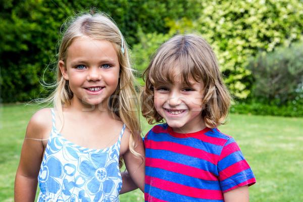 Portré testvérek hát boldog lány gyermek Stock fotó © wavebreak_media
