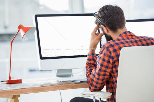 сидят компьютер служба бизнеса человека Сток-фото © wavebreak_media